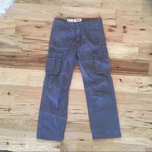 New levi's cargo pants
